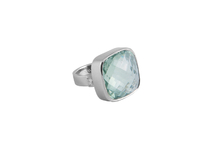 Ring in 18kt white gold with praziolite and brilliant.