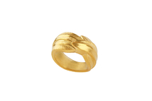 Ring in 18kt gold.