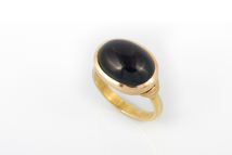 Ring in 18kt gold with tourmaline.